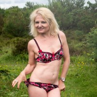 Maureen - Now I just love to chat about real dirty filthy sex all the time, hence why I'm on here.  I'm extremely open minded sexually, more or less anything goes with me.
