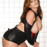 Tazmina - Hi guys, my name is Tazmina agent 1947.  I am a curvy girl with curves all in the right places.  I have a big ass that loves to be slapped and filled.  I am 30, flirty and very dirty with an hour glass size 16 figure.