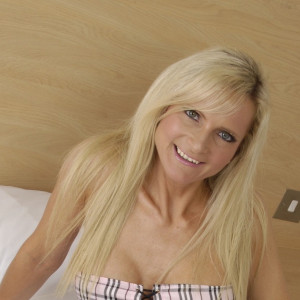 Lisa - Hi there you naughty boys, my name is Lisa and I am a petite blonde with big blue eyes.  I would like to hear from you.  I am waiting, so give me a call and we will have lots of fun today.