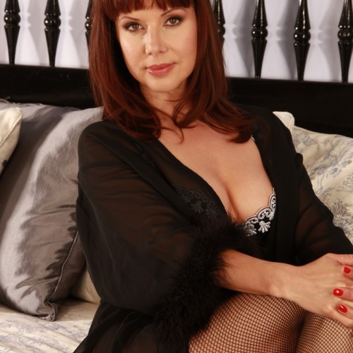 "Jackie - I am 5ft 9"" in height, I'm a dress size 12, my hair is shoulder length chestnut brown."