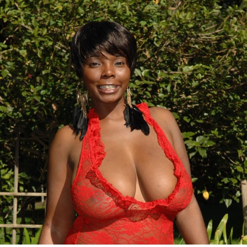 Destiny - Hi guys, my name is Destiny. I wont say my age but you can call me a MILF who loves to talk real FILTH,